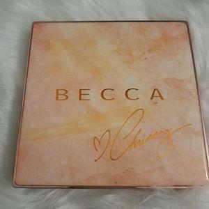 Becca Chrissy Teigen Highlight Palette